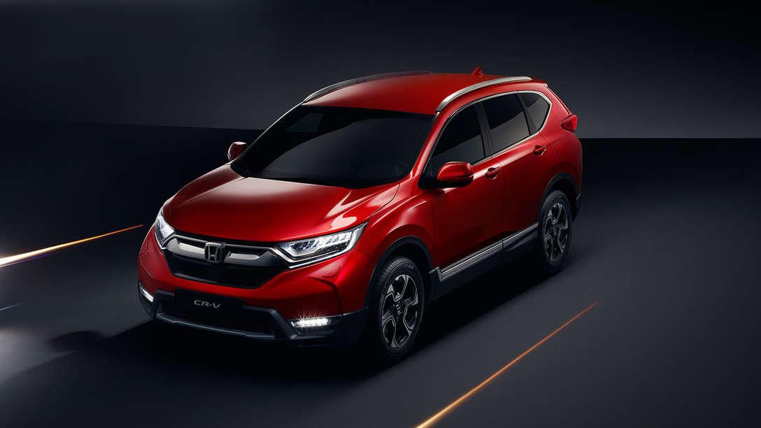 Driekwart vooraanzicht van de Honda CR-V.